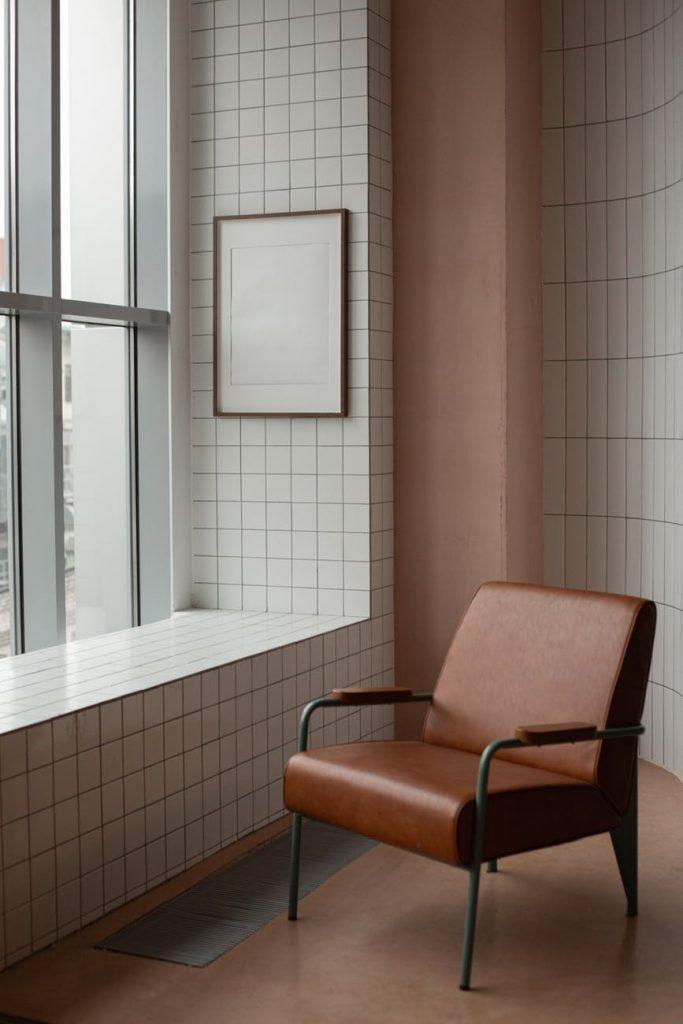 appartement meublé fauteuil-min