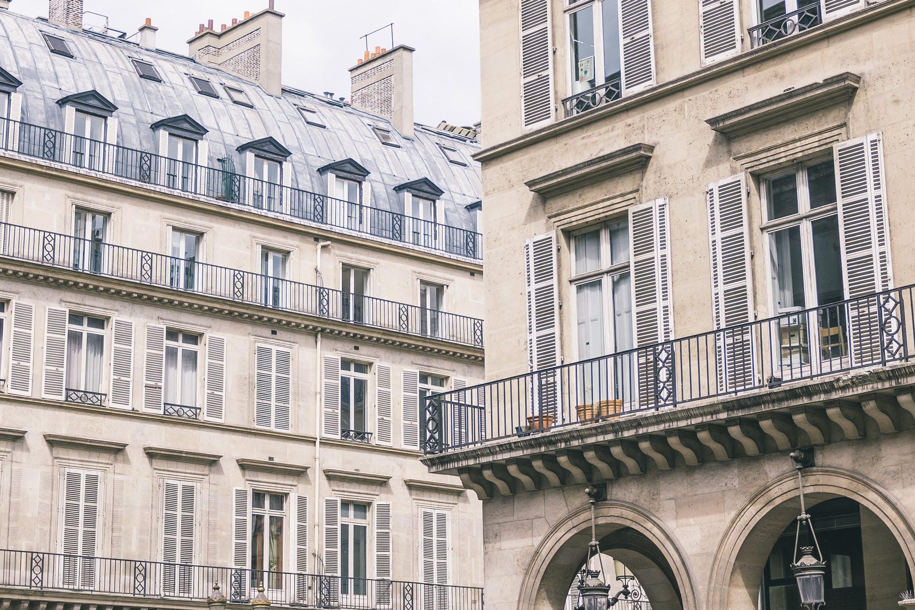 dans quelle ville investir en 2020 rues immeubles toits