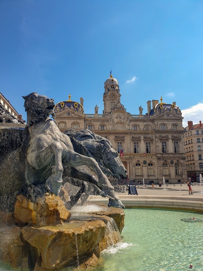 immobilier de prestige 1er arrondissement de Lyon fontaine et opéra de Lyon